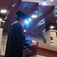 Rektor Universitas Kristen Maranatha memberikan pidatonya